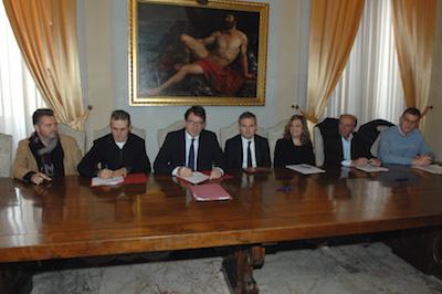 La firma del Patto Mercato Albinelli 181115