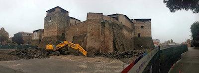 castelsismondo lo scavo archeologico