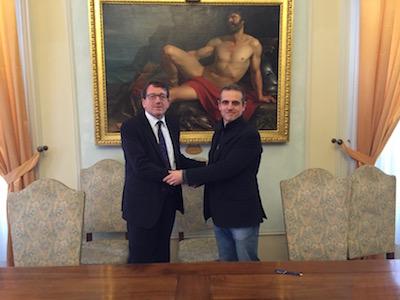 il sindaco Gian Carlo Muzzarelli e il presidente del Consorzio Mercato Albinelli Luigi Savoia
