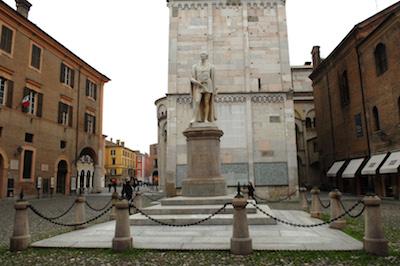 monumento Tassoni