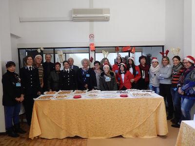 CASA CIRCONDARIALE - Allestito un buffet dall'Istituto Vergani e donati giochi offerti dall'Associazione Viale K