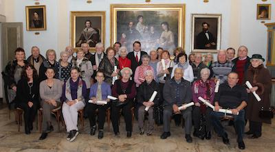 nonni volontari in municipio a Modena