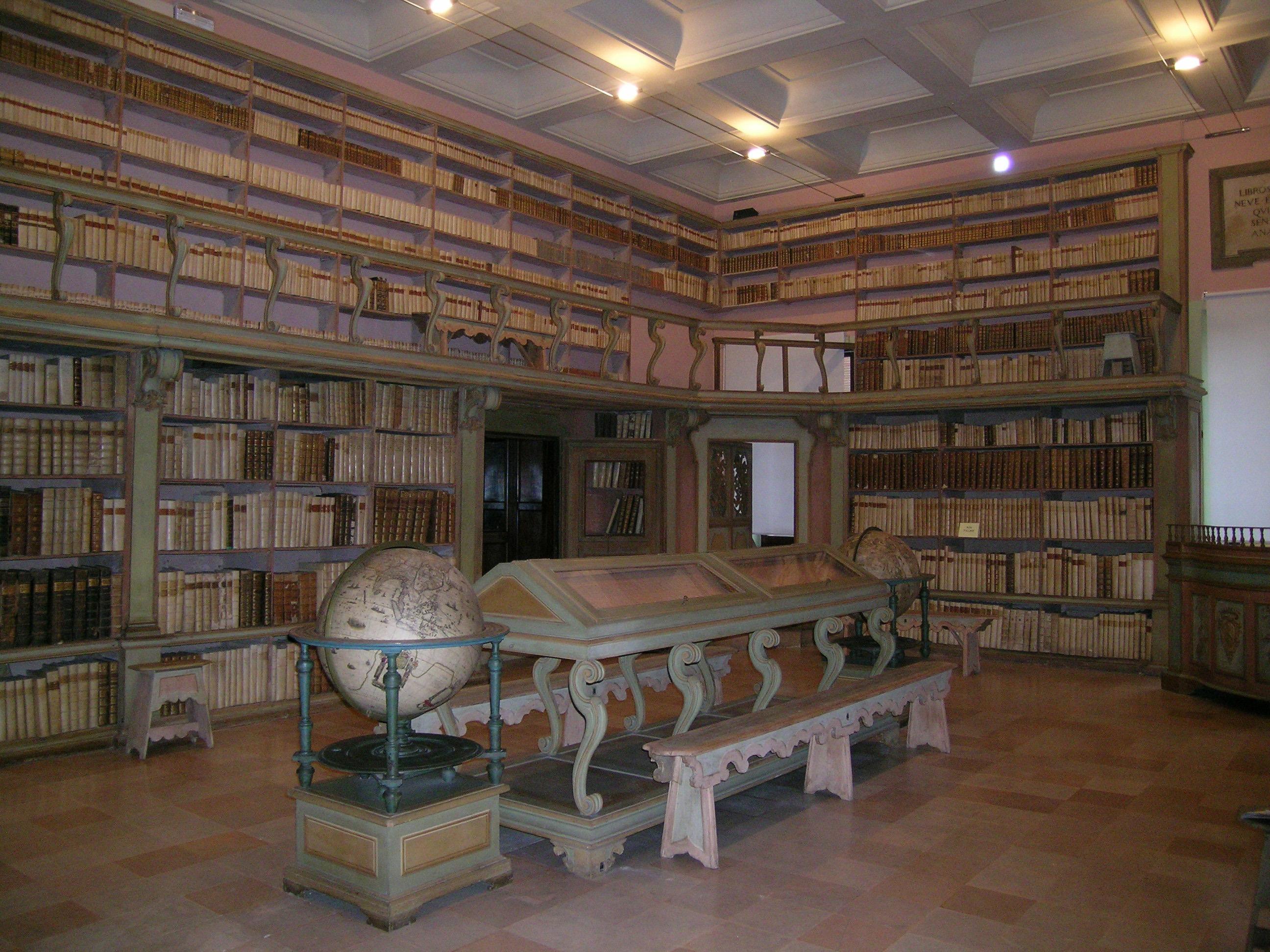 biblioteca_sala_settecentesca_alt