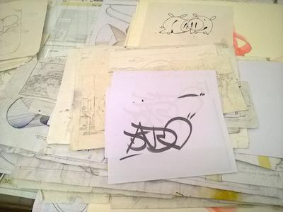 I disegni di Dado esposti durante la mostra AILANTO- biblioteca darte Poletti-