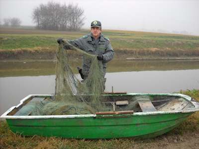 Polizia provinciale-reti pesca