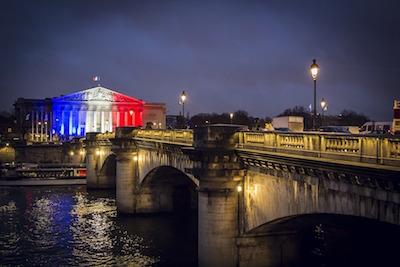 Parigi bandiera Europa
