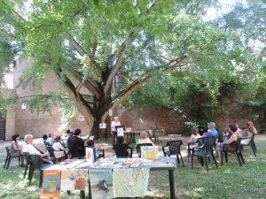 biblioteca-ariostea-rassegna-lalbero-delle-storie-nel-giardino