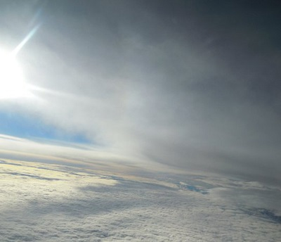 cielo soleggiato con velature