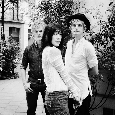 Blonde_Redhead_byJulienBourgeois- 1