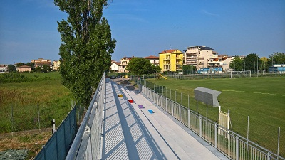 lavori al campo di calcio di Rivazzurra