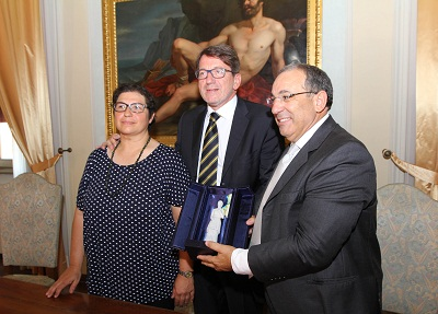 sindaco Gian Carlo Muzzarelli ,a presidente del Consiglio comunale Francesca Maletti