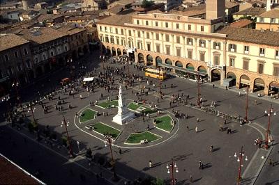 forlì - piazza saffi