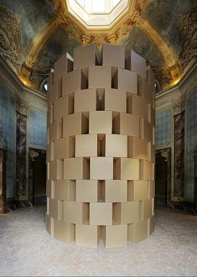 zimoun-prepared-dc-motors-cotton-balls-cardboard-boxes-60x60x60cm-credits-paolo-terzi