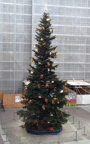 albero-natale-ferrara-2016