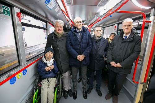 2017 01 28 Pizzarotti Folli inaug bus linea 7-1