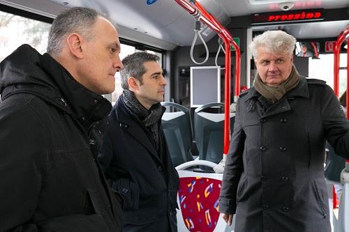 2017 01 28 Pizzarotti Folli inaug bus linea 7-3