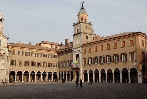 Municipio-Comune-Modena