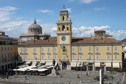 Piazza Garibaldi - 1