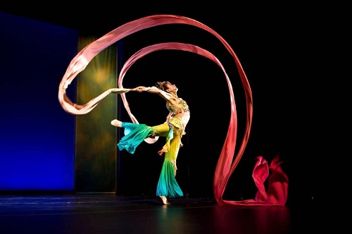 the-chinese-acrobatic-circus-of-henan