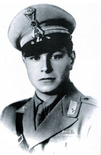 Il-capitano-William-Manfredi-Elio-medaglia-dargento-alla-memoria.