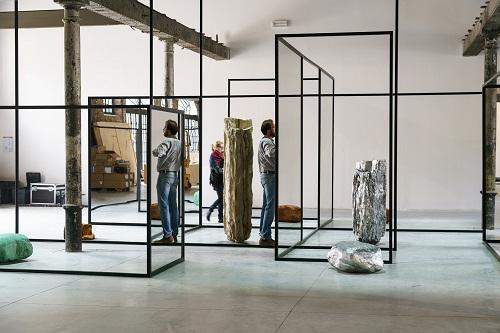 ALICJA_KWADE- Photo by Andrea Avezzu. Courtesy La Biennale di Venezia