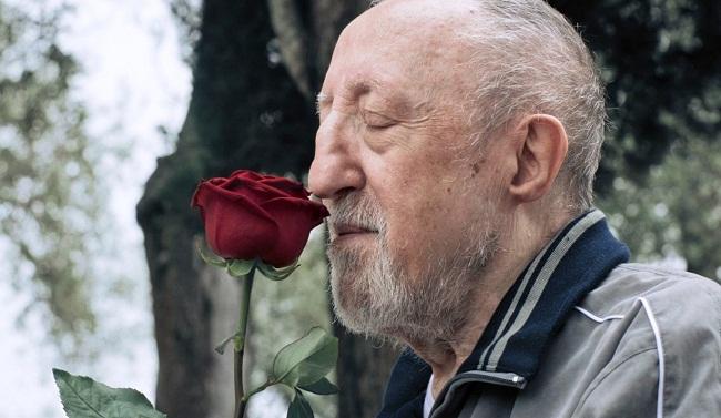 Carlo Delle Piane-rosa- Chi salverà le rose(1)