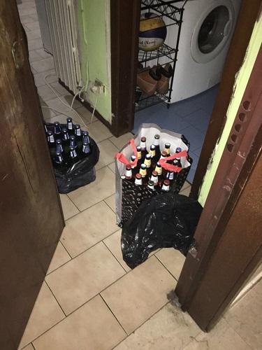 le-birre-sulluscio-dellappartamento-pronte-per-la-vendita
