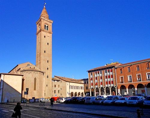 piazza libertà Cesena