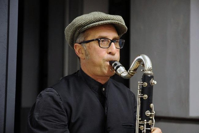 SIAMO-villaggiofragile-PaoloRocca-clarinetto3-1
