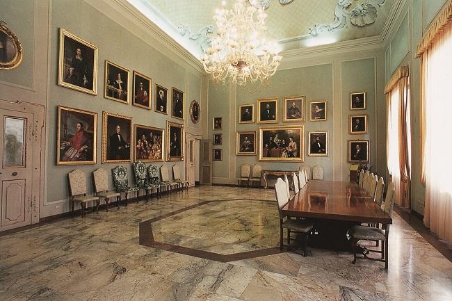 sale storiche palazzo comunale quadreria in sala di rappresentanza