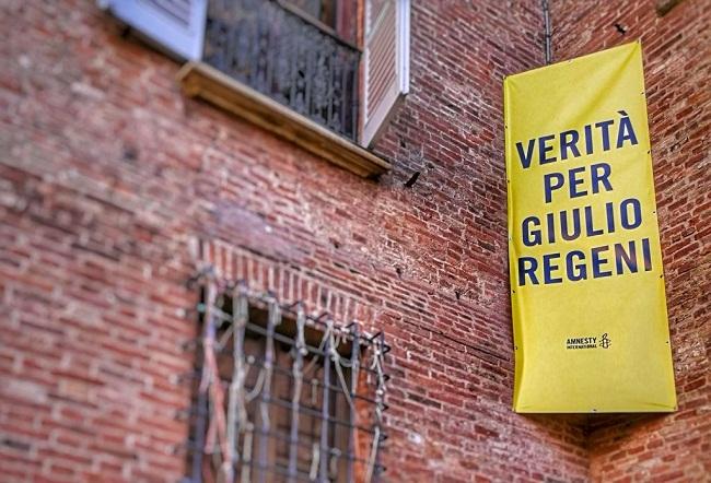 Striscione Verità per Giulio Regeni - Palazzo Paleotti