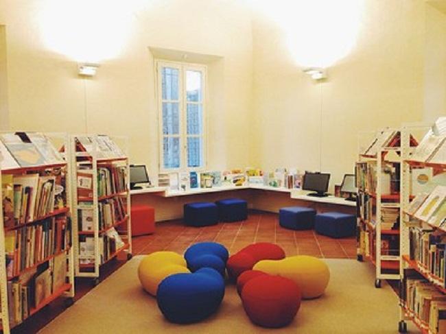 biblioteca ragazzi