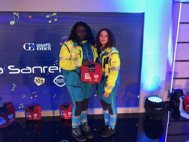 due volontarie con il rescue sam automatico