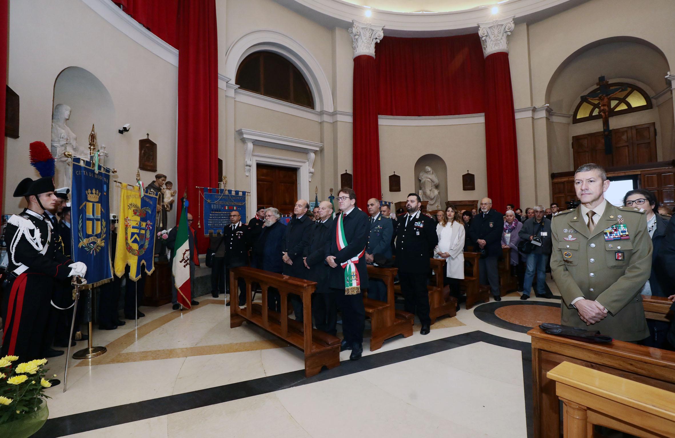 Grande guerra le celebrazioni del 4 novembre for Castellucci arredamenti roma