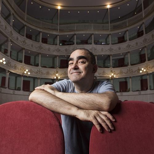 """Al Teatro Goldoni di Bagnacavallo il 18 novembre Elio in """"Il Grigio"""" - Emilia Romagna News 24"""